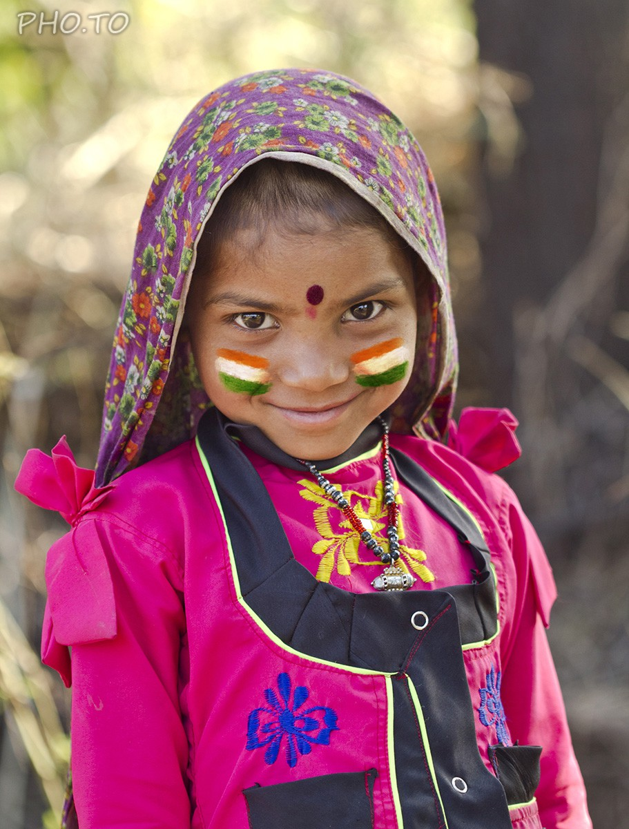 """Flag of India"" template - easy face paint which even a child can make."
