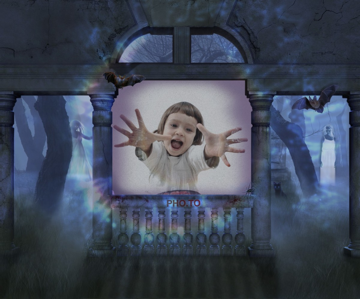 Spooky photo frame which adds you as a ghost to a photo