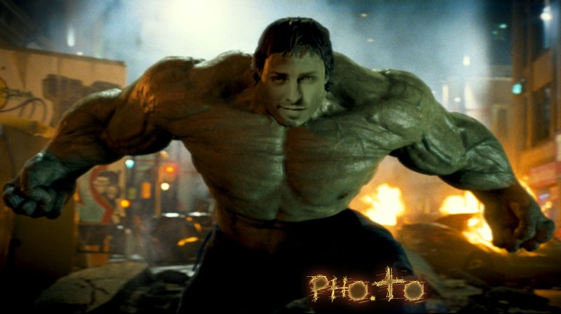 Make a digital cosplay of Hulk with this free face photo editor