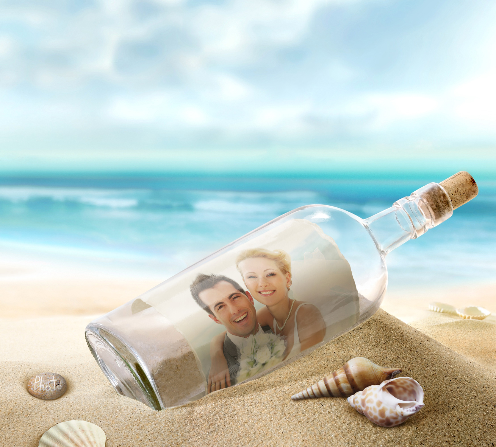 Create extraordinary Thank you card by putting your photo in a bottle