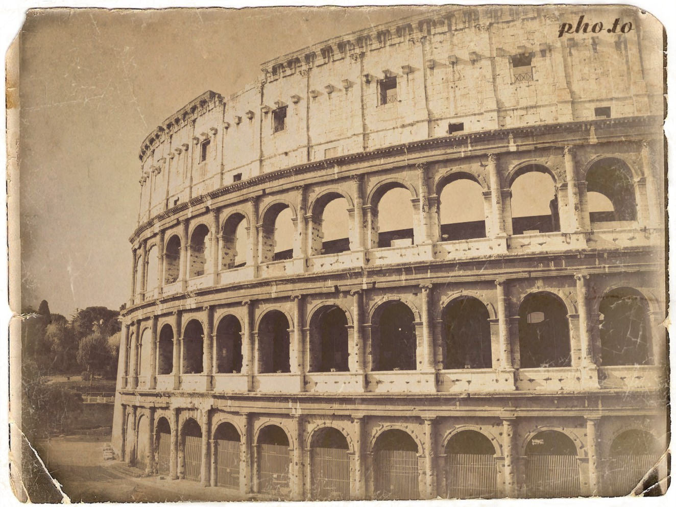 Modern photo of Colosseum is artificially aged online on Funny.Pho.to