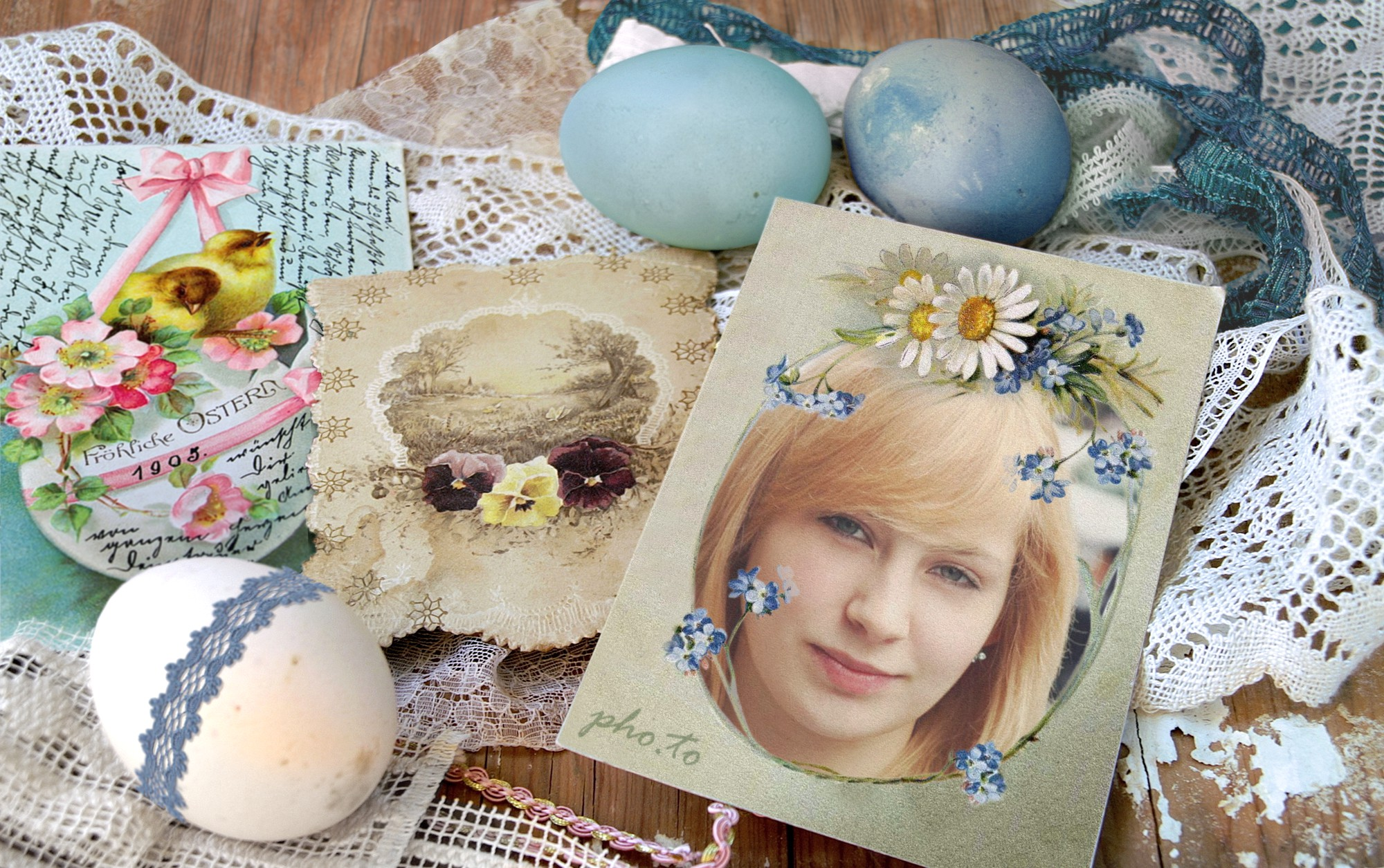 Imitation of retro Easter card created with photo effect online