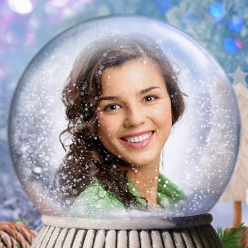 Snow globe photo effect. Personalized Christmas photo card.