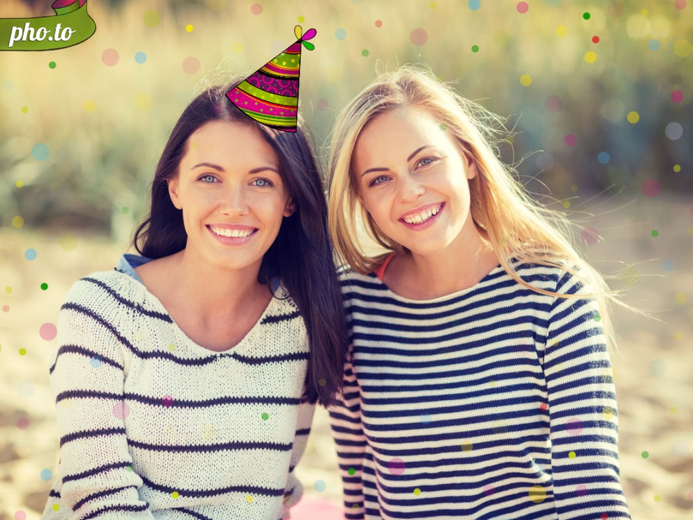Congratulate your friend using birthday party hat photo effect.