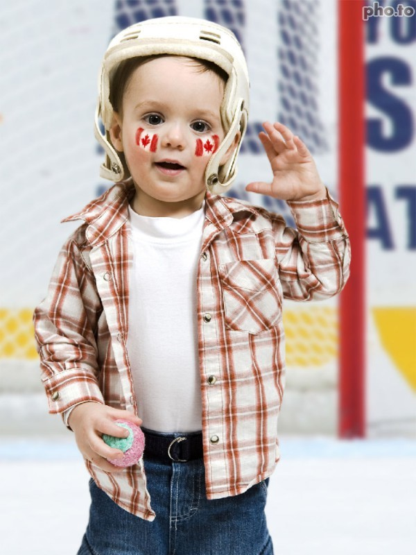 Canada flag facepaint effect as an idea for a sports fan.