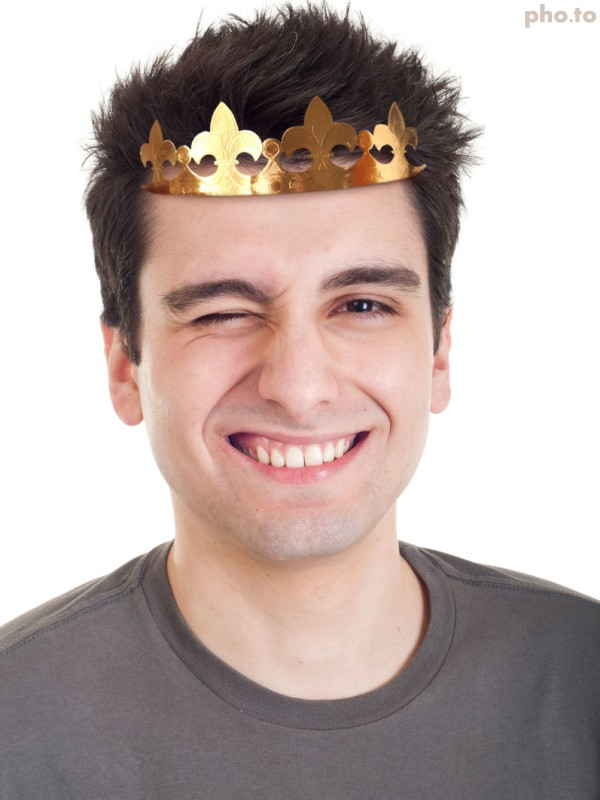 Birthday crown is an excellent way to highlight my special day
