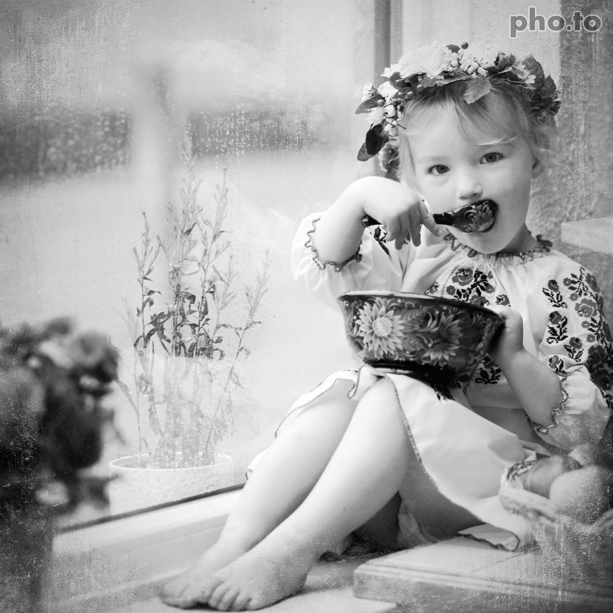 A pretty little girls photo was converted to black and white online