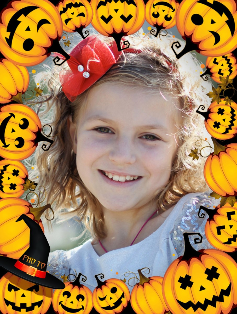 Funny Halloween photo frame with cute pumpkins for kids and adults.